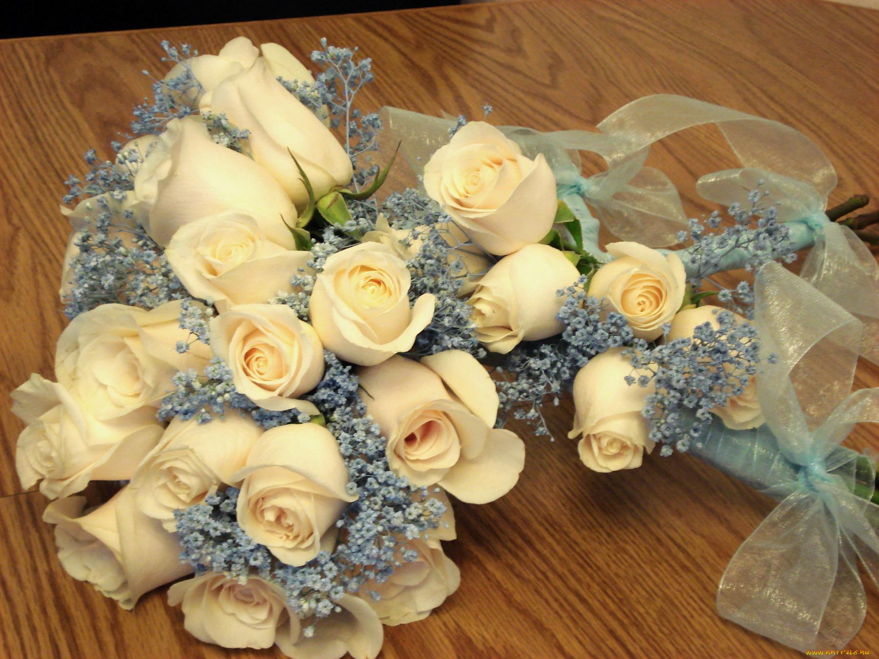 фото букет цветов на столе паша почему-то закивал